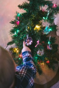 christmas-story-ornament_b-with-tree-5
