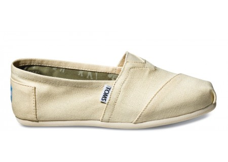 REMEMBER: Order Your TOMS Shoes Through April 6!