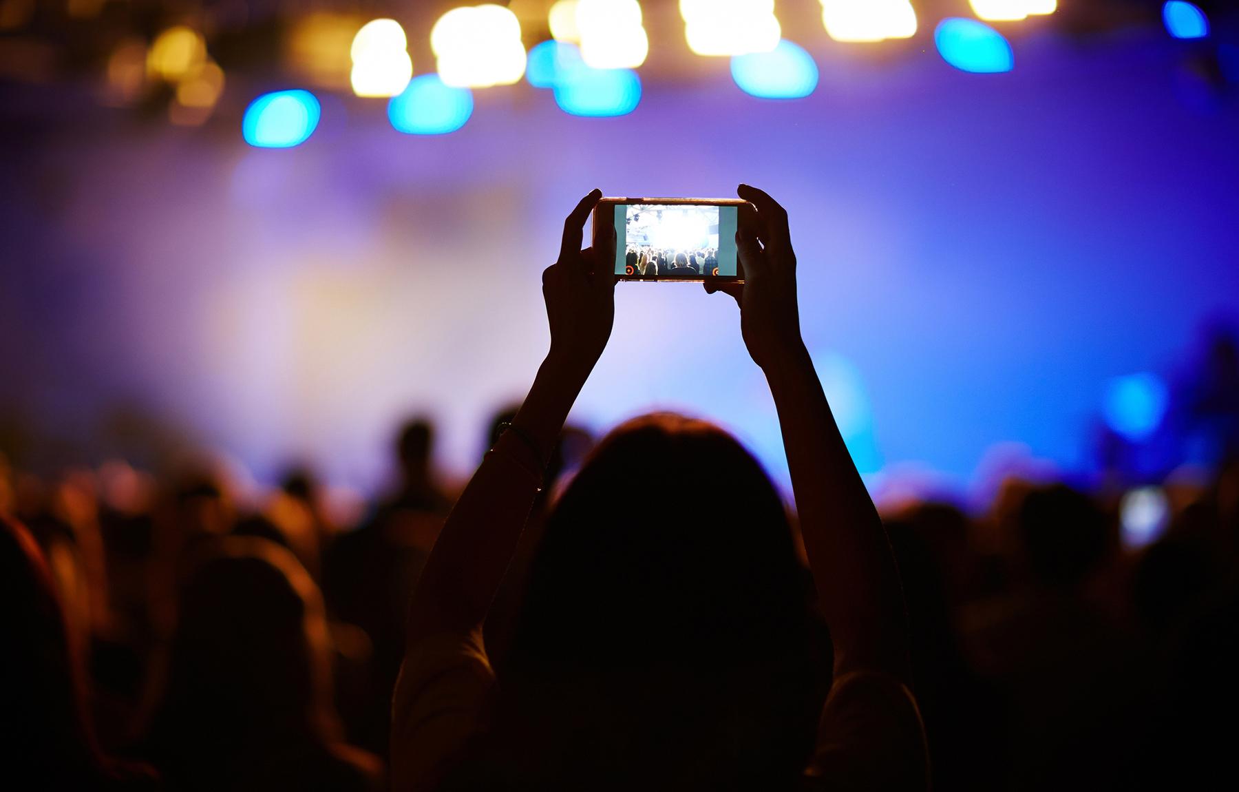 Keeping Track of Orange Conference 2018 on Social Media