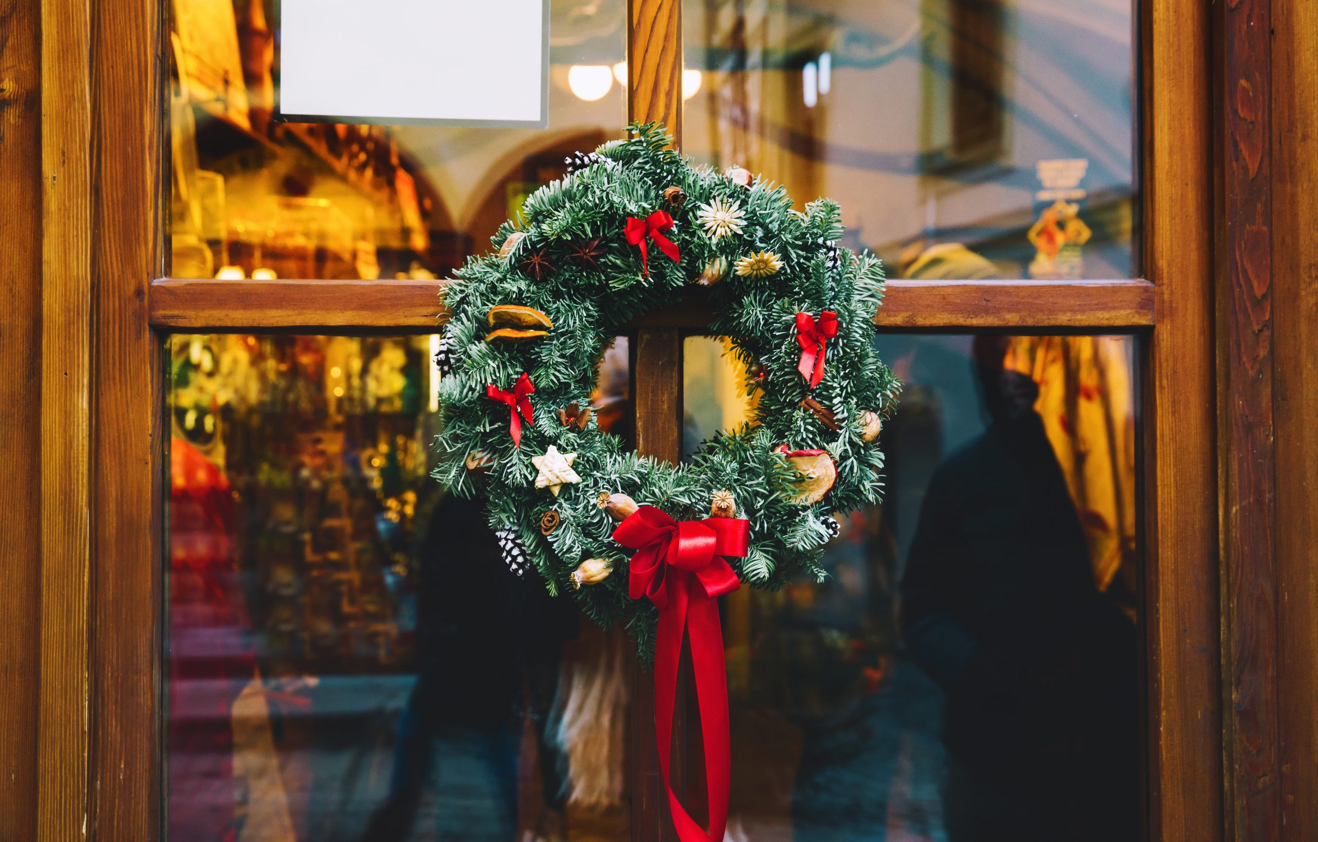 How to Connect with Christmas Visitors at Your Church
